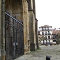 Puerta principal de la Iglesia.