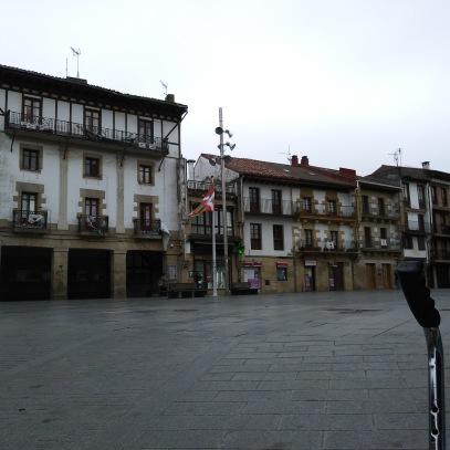 Plaza del pueblo.