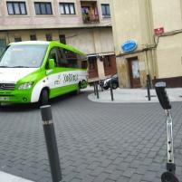 Mini-bus llegando a Elizalde.