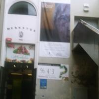 Exposición artística en el Mercado